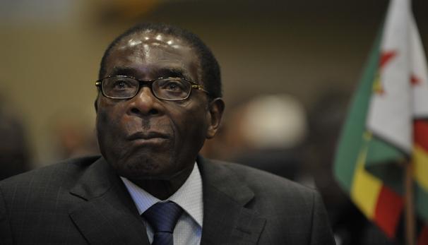 Robert Mugabe au 12è sommet de l'Ua le 2 février 2002 à Addis Abeba.